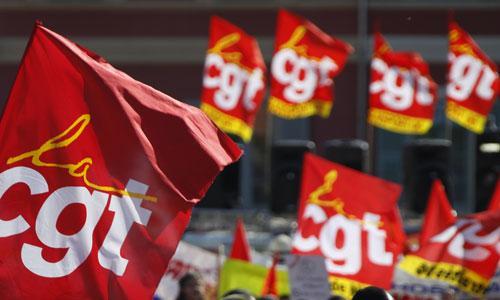 Loi travail : la CGT pétrole menace de faire grève