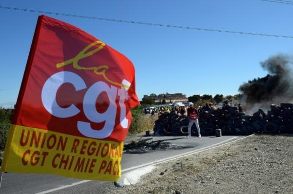 Sans réponse du gouvernement, la CGT pétrole planifie la grève